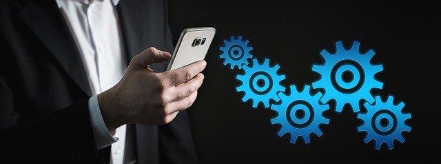 smartphone a ozubená kolečka
