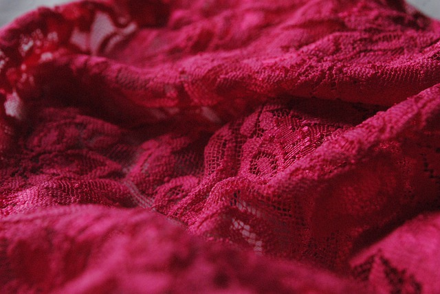krajkové spodní prádlo