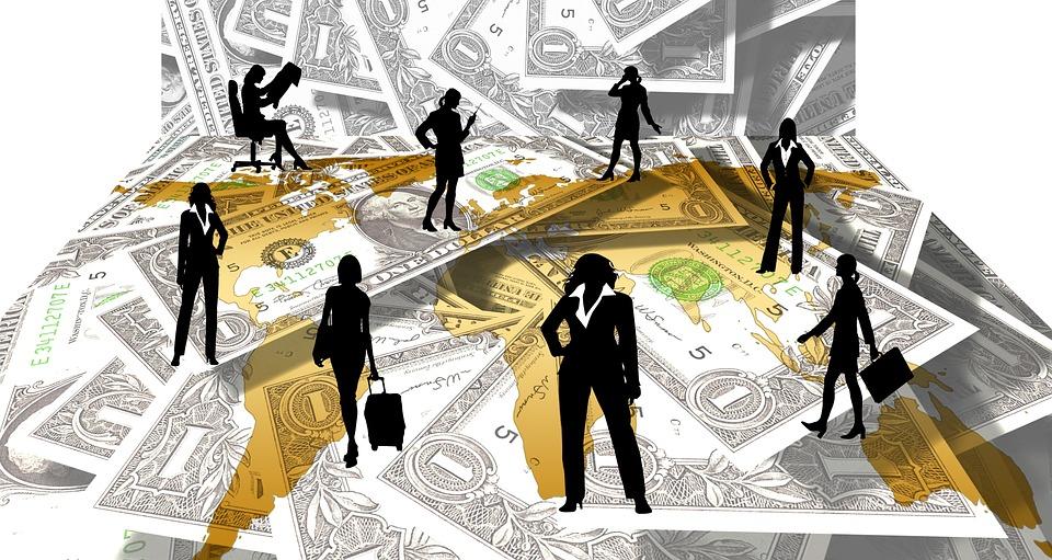 lidé a dolary